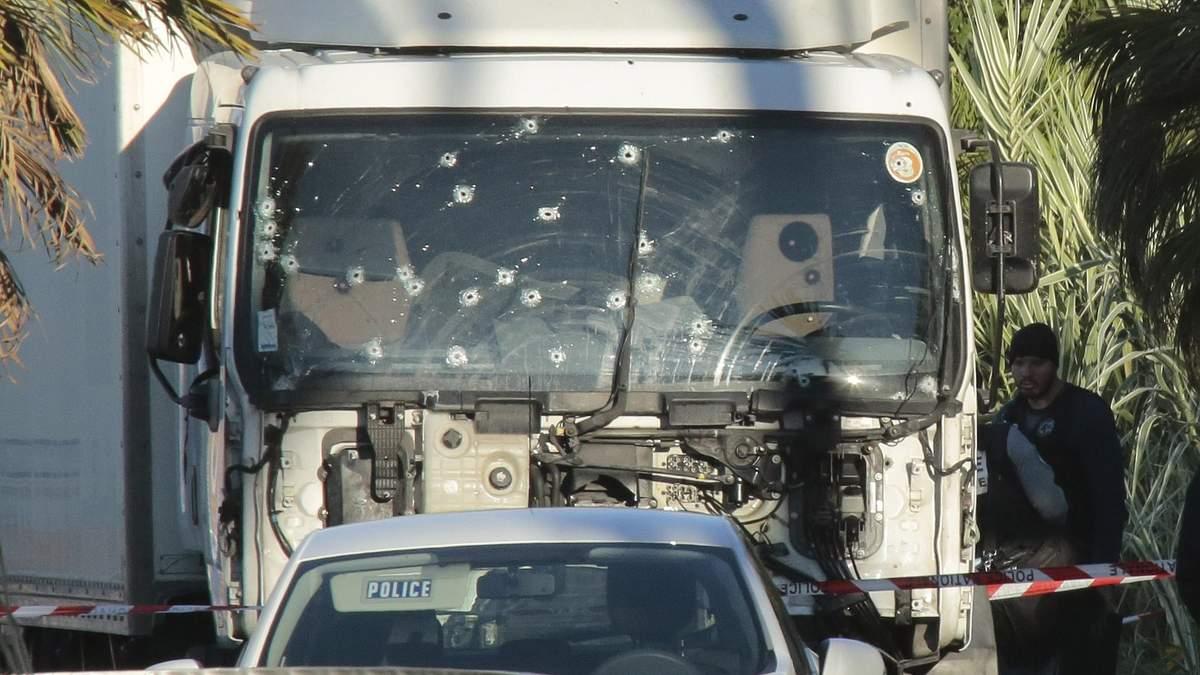 Теракт у Ніцці: селфі допомогло затримати підозрюваного