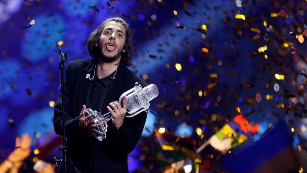Сальвадор Собрал різко висловився  під час нагородження на Євробаченні
