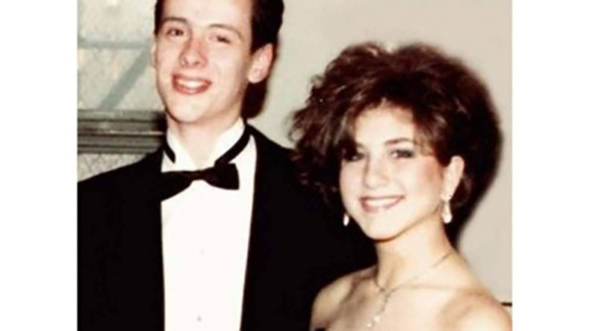 Выпускной голливудских звёзд: фото на своих выпускных вечеринках