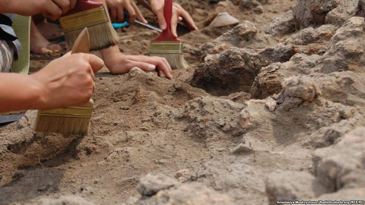 В самому центрі Мехіко археологи знайшли вежу з черепів