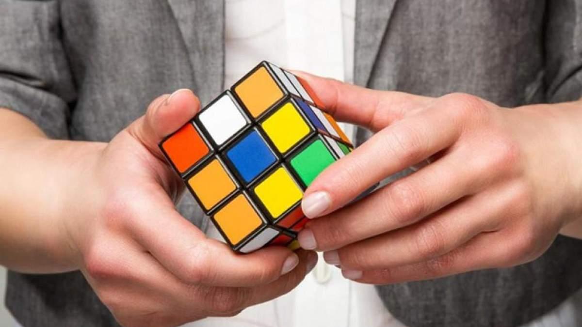 Як скласти кубик Рубика
