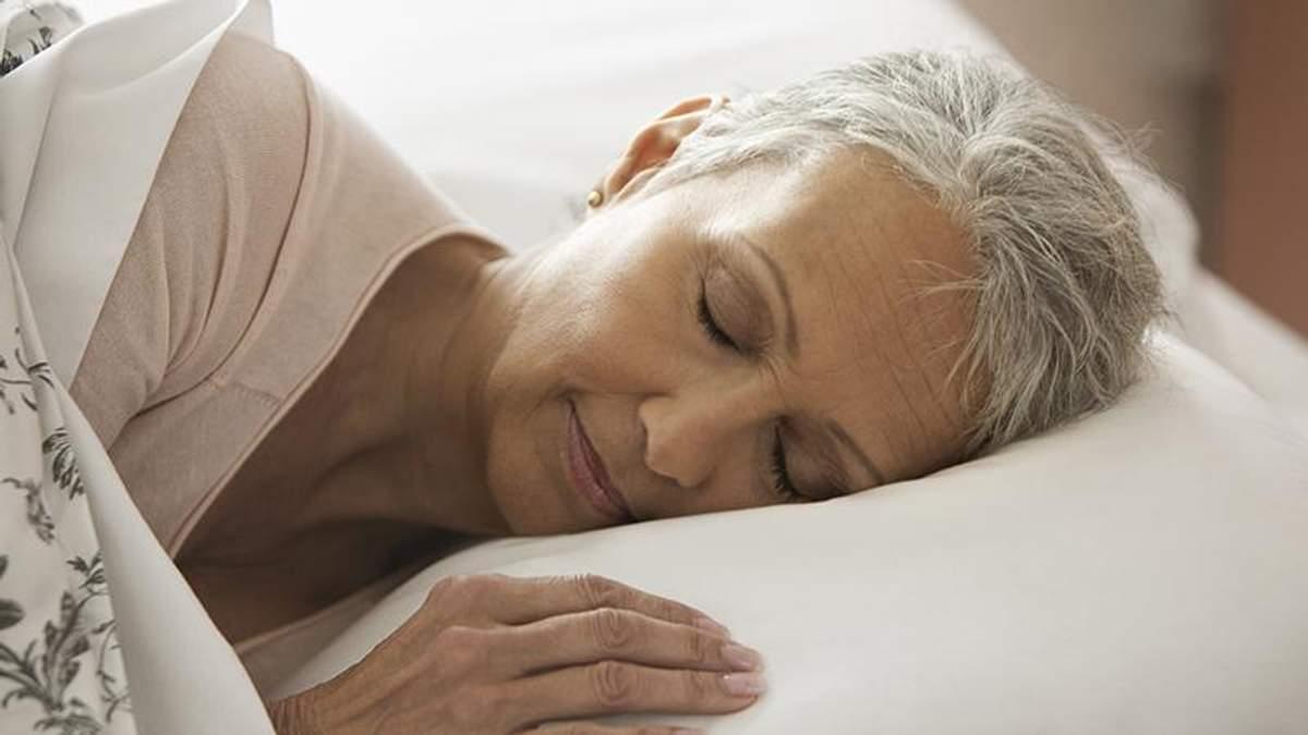 Почему у пожилых людей беспокойный сон: ответ ученых