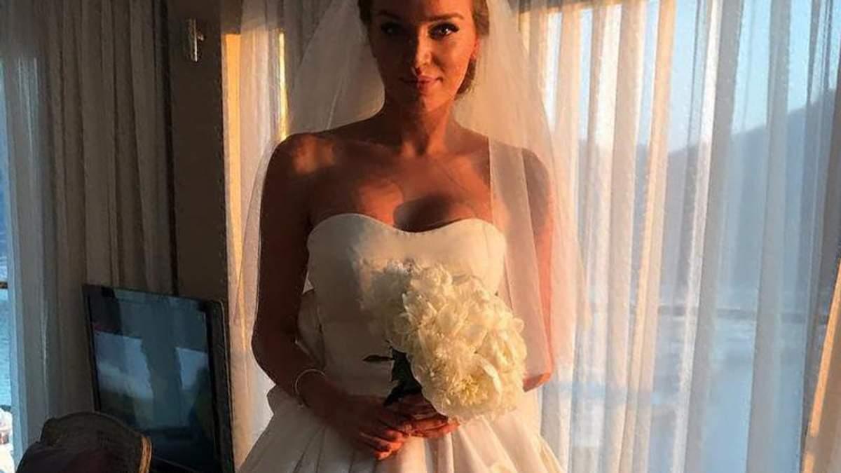 Дочь Добкина похвасталась свадебным платьем за 230 тысяч гривен: появились фото