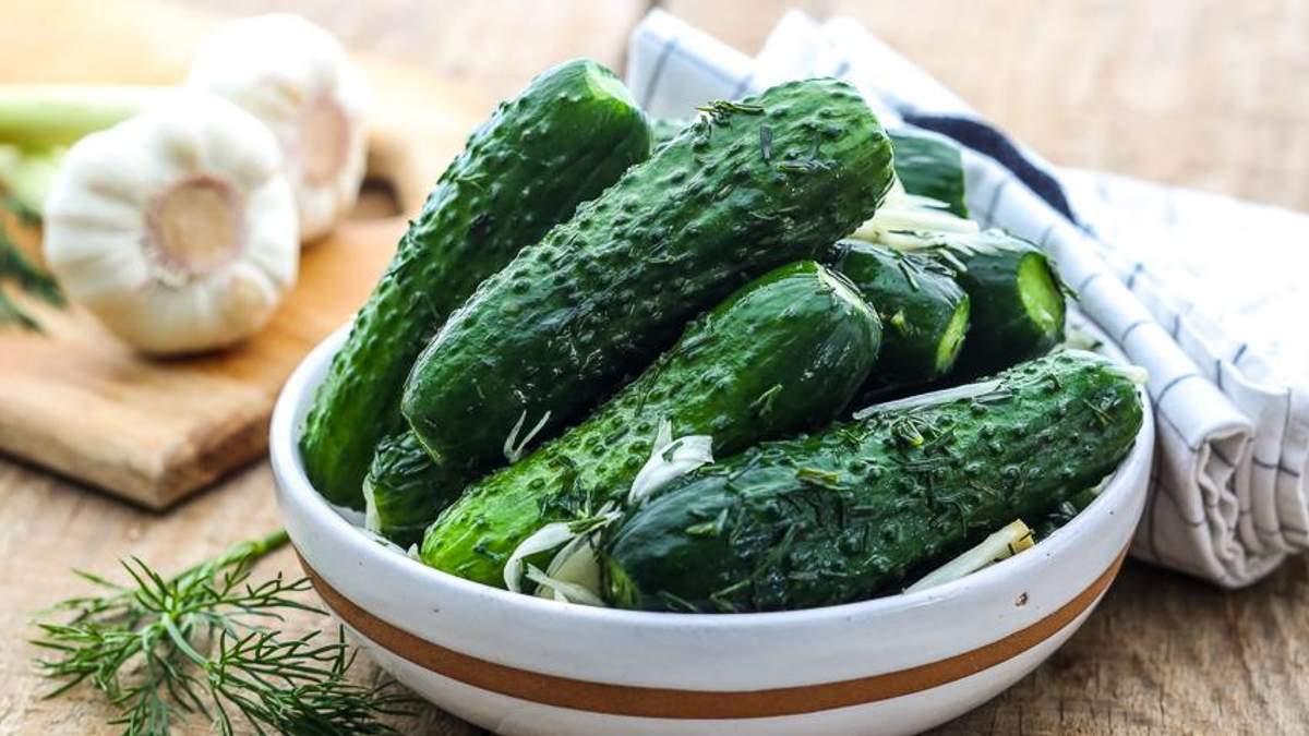 Малосольні огірки: рецепт швидкого приготування
