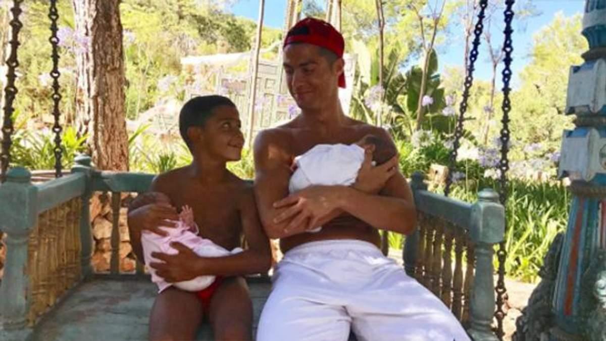 Криштиану Роналду станет отцом в четвертый раз
