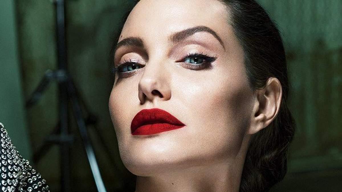 Анджелина Джоли: о разводе с Брэдом Питтом и ее болезни