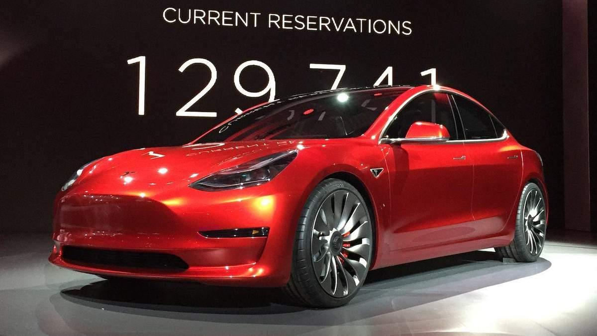 Tesla начала продажу своего первого бюджетного электрокара