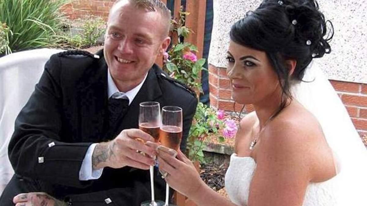 Подружжя кардинально схудло, щоб вдруге відсвяткувати весілля заради кращих фото