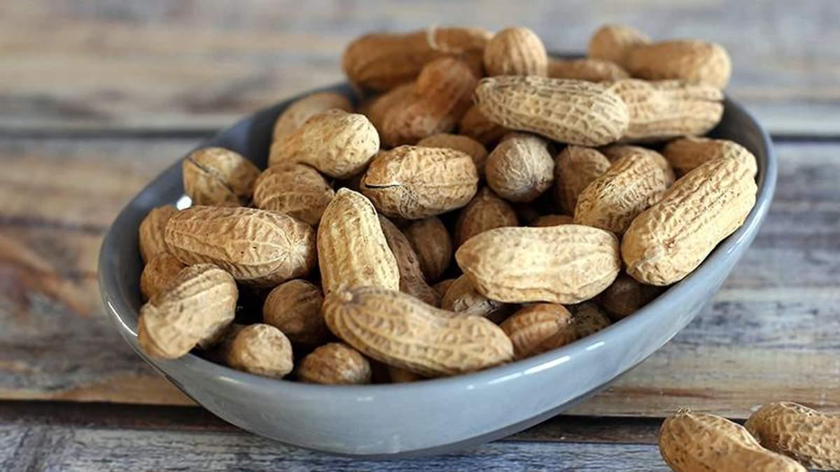 Ученые научились лечить аллергию на арахис