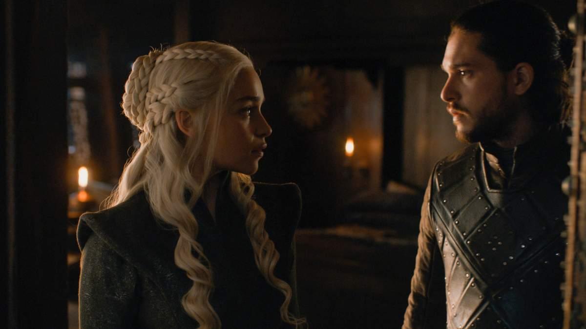 """Эмилия Кларк и Кит Харрингтон рассказали про их сексуальную сцену в """"Игре престолов"""""""