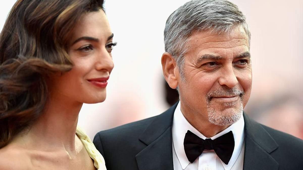 """""""Це дуже лякає"""": Джордж Клуні зізнався, як почуває себе в ролі батька двійнят"""