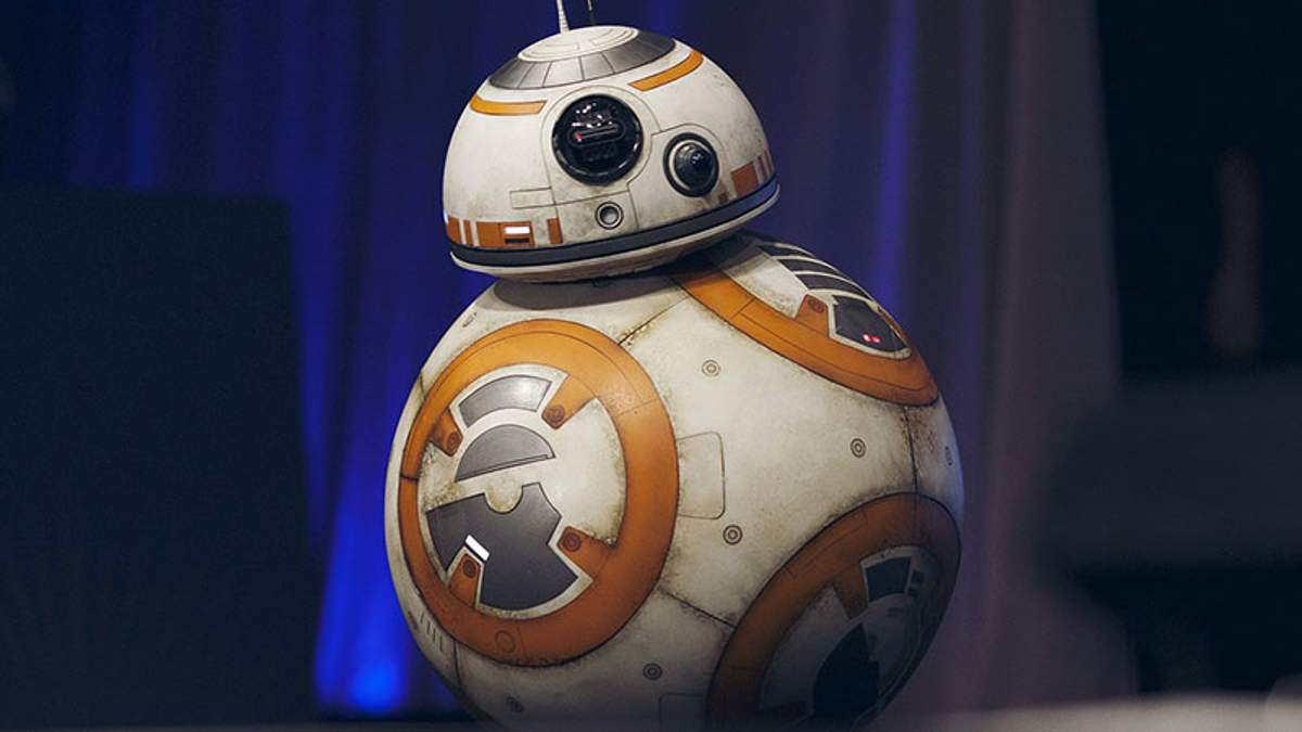 """Опубликовали фото """"злого"""" робота, который появится в новом эпизоде """"Звездных войн"""""""