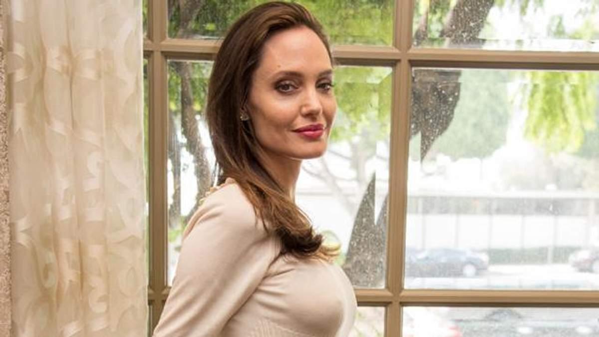 Я не наслаждаюсь одиночеством, – Джоли рассказала о личном