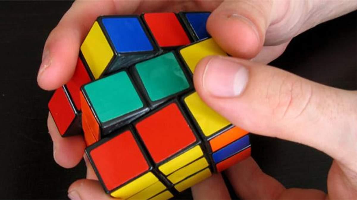 Новий світовий рекорд: підліток із США зібрав кубик Рубіка з шаленою швидкістю