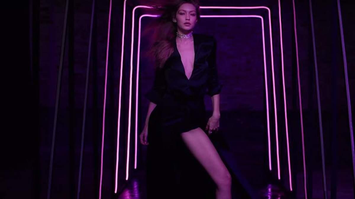 Джиджи Хадид создала коллекцию ювелирных украшений и снялась в соблазнительной рекламе: видео