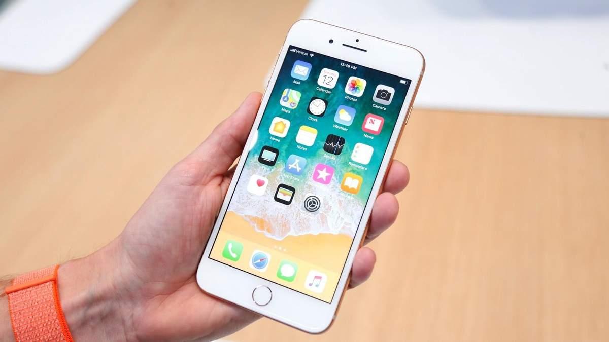 Какой телефон дольше всех держит заряд: составлен рейтинг