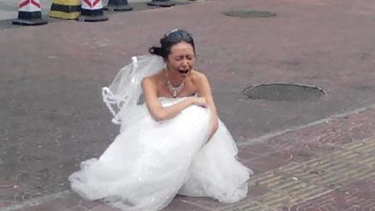 Жених на свадьбе оригинально отомстил девушке за измену