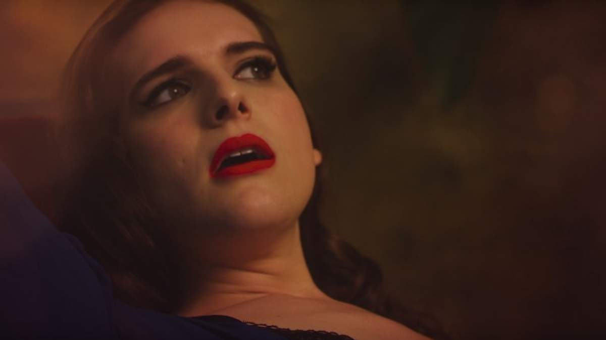 Харі Неф знялася у провокативному ролику для Love Magazine: відео (18+)