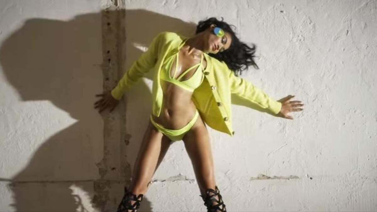 Шаніна Шейк знялась у привабливому образі для Love Magazine: відео