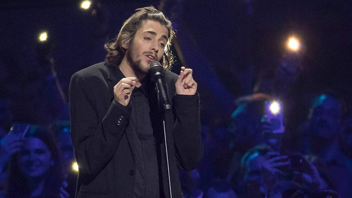 Победителя Евровидения-2017 Сальвадора Собрала выписали из больницы после пересадки сердца