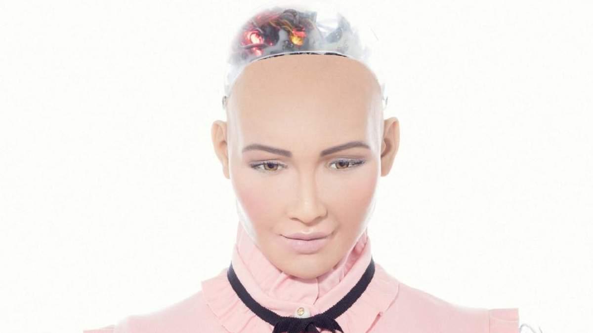 Робот Софія прикрасила обкладинку модного глянцю: фото