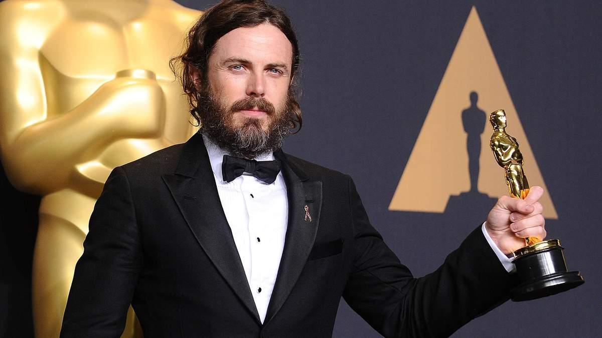 Кейсі Аффлек відмовився вручати премію Оскар у 2018 році: названо причину