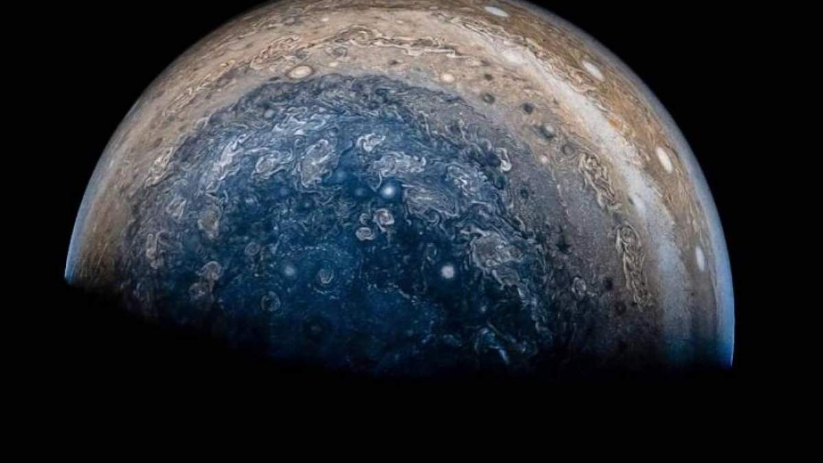 Як виглядає буря на Юпітері