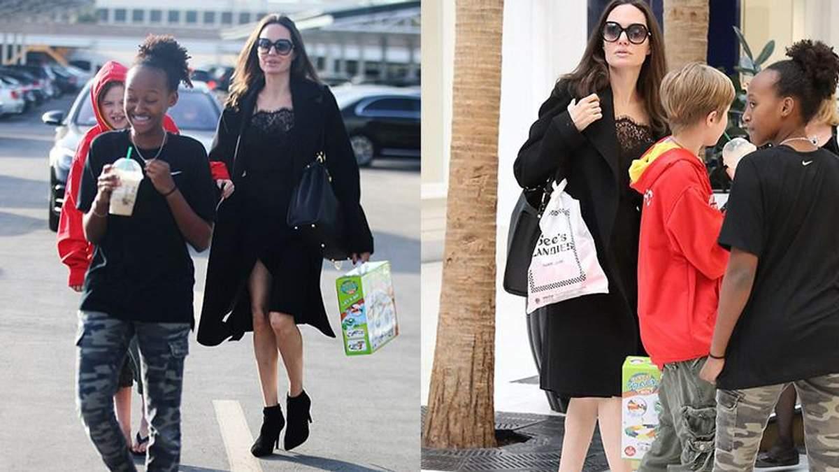 Анджеліна Джолі засвітила дуже худі ноги в короткій сукні: фото