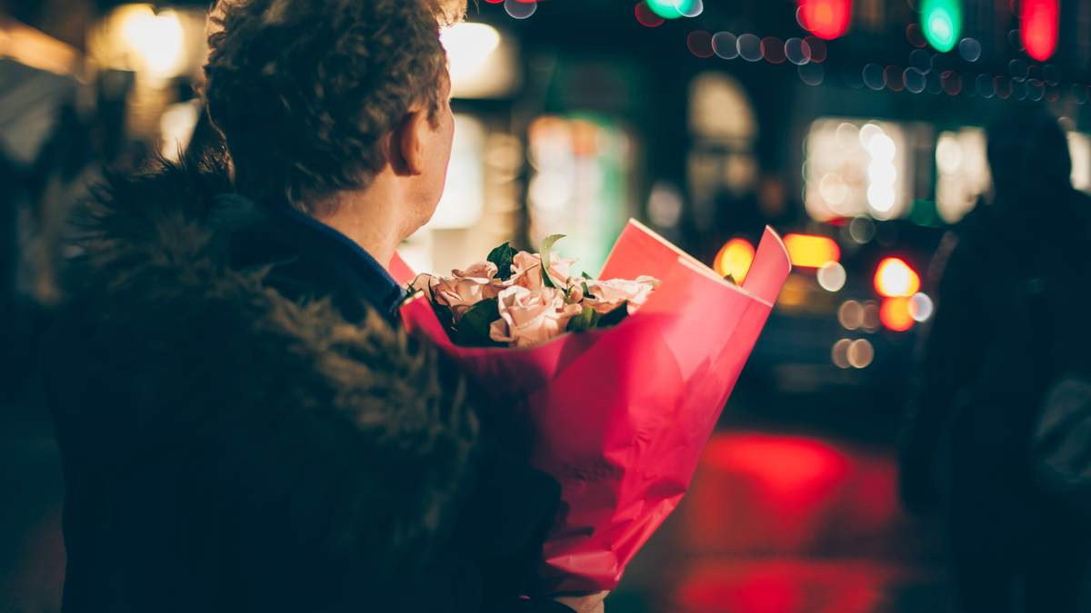 Що подарувати дівчині на Валентина: оригінальні ідеї на 14 лютого