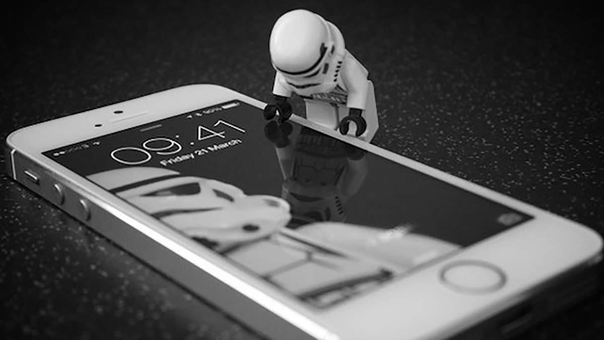 Хакеры заявили, что могут взломать любой iPhone