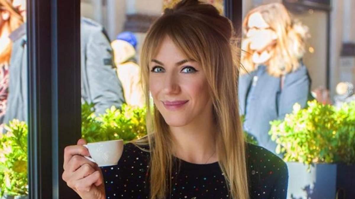 Телеведущая Леся Никитюк засветила стильное платье в Каннах: очаровательные фото