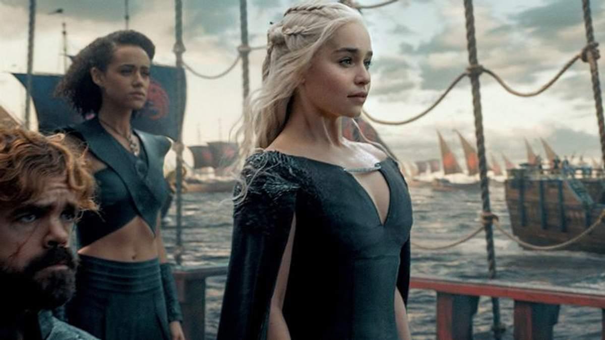 """Зірка """"Гри престолів"""" Емілія Кларк дала відверте інтерв'ю про зйомки серіалу"""