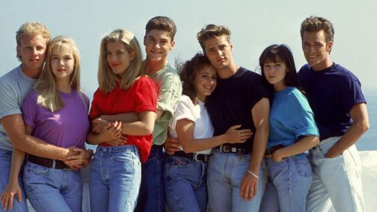 """Як виглядають зірки серіалу """"Беверлі-Хіллз, 90210"""": цікаве фотопорівняння"""