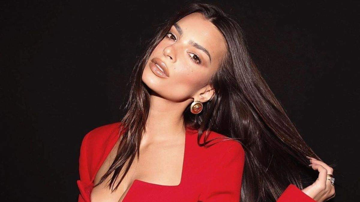 Емілі Ратажковскі – 29: найгарячіші фото моделі