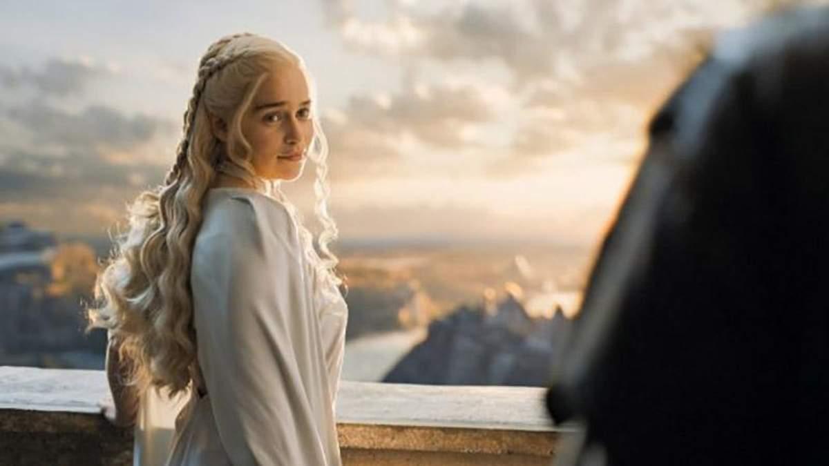 """Акторка Емілія Кларк зворушливо попрощалась зі зйомками у """"Грі престолів"""""""