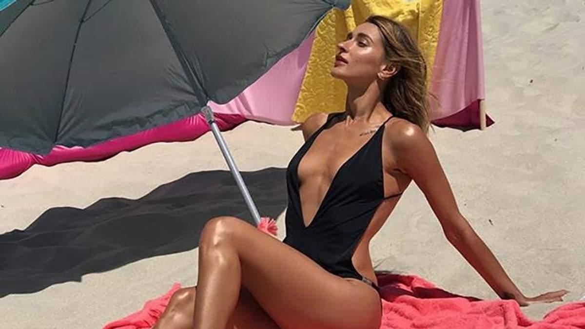 Tayanna соблазнила фанатов горячими фото в купальнике