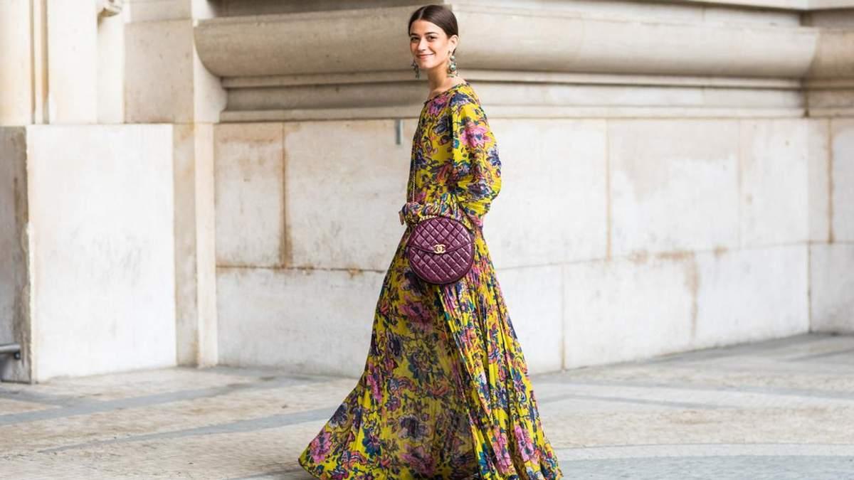 Як носити сукні з квітковим принтом цієї осені