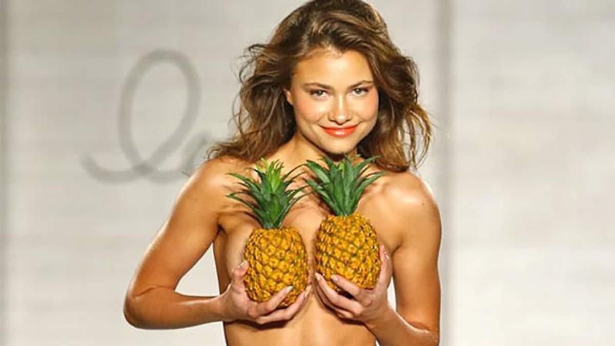 Флешмоб #pineappleboobs