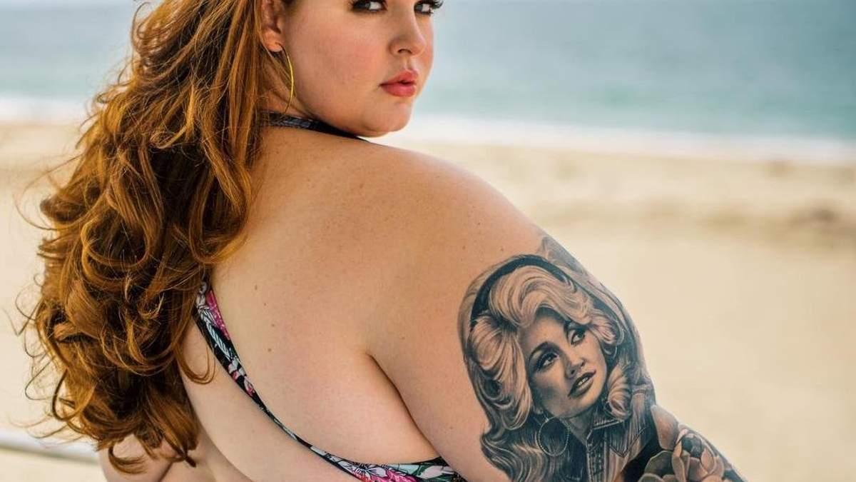 150-килограммовая модель Тесс Холлидей ответила на критику обнаженным фото: 18+