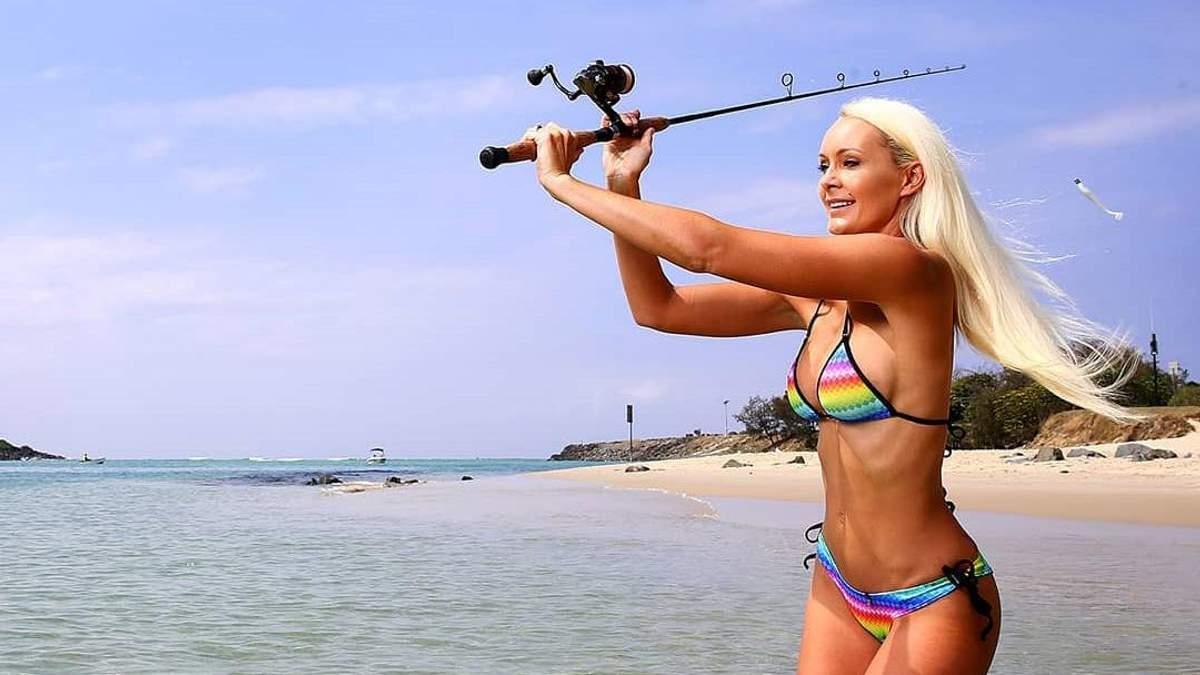Из моделей в рыболовы: горячие фото австралийки покорили сеть