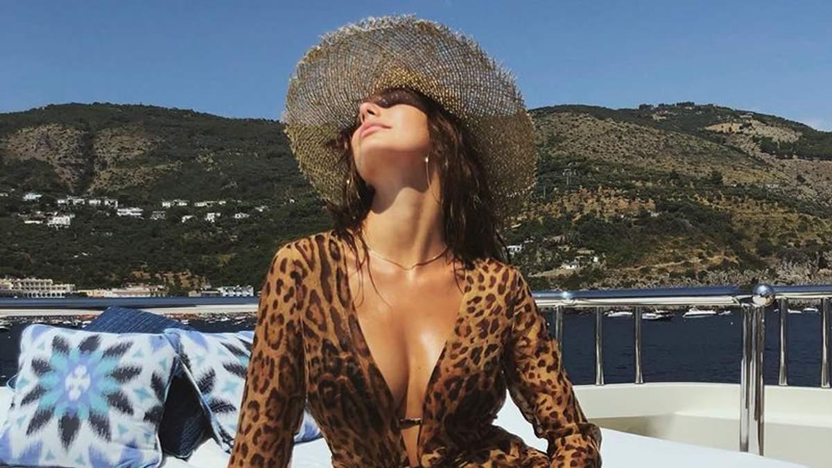 Девушка Леонардо Ди Каприо показала сексуальные формы в рекламе: фото