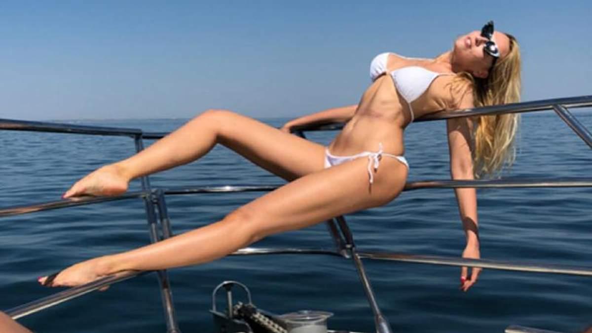 Оля Полякова похизувалася абсолютно голим тілом: фото 18+