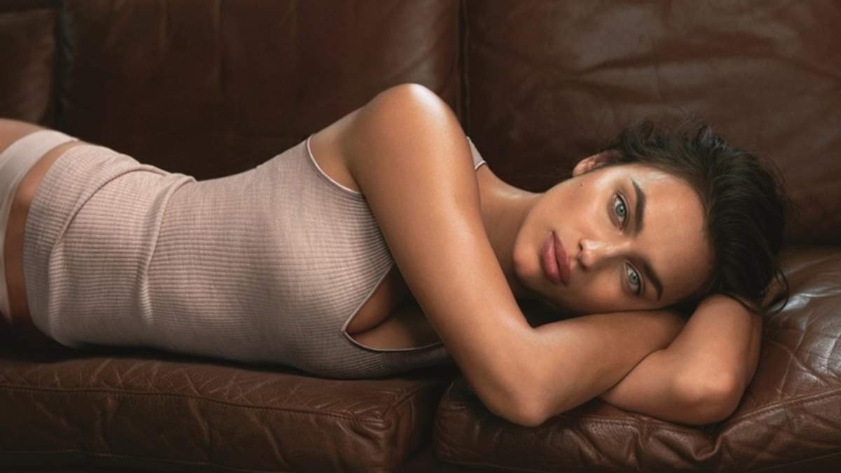Ірина Шейк постала в рекламі сексуальної білизни для Intimissimi: проникливі фото