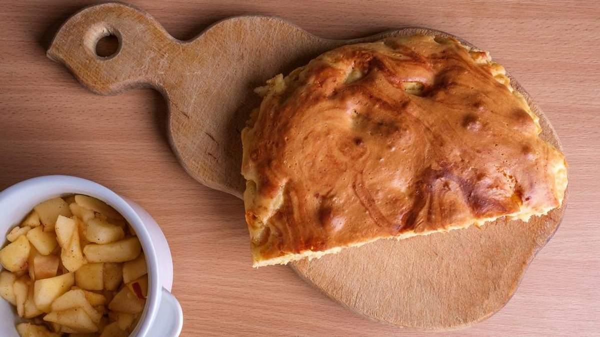 Яблучний пиріг за 20 хвилин: покроковий рецепт