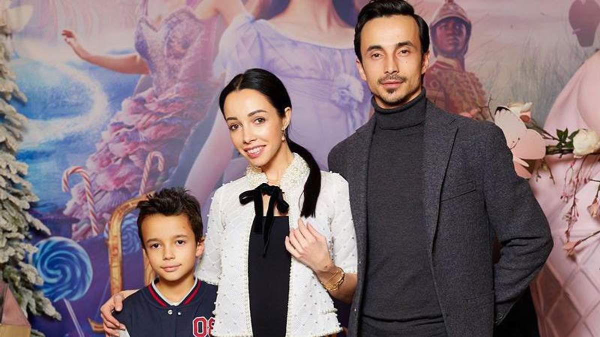 """Катерина Кухар із сім'єю відвідала допрем'єрний показ фільму """"Лускунчик і чотири королівства"""""""