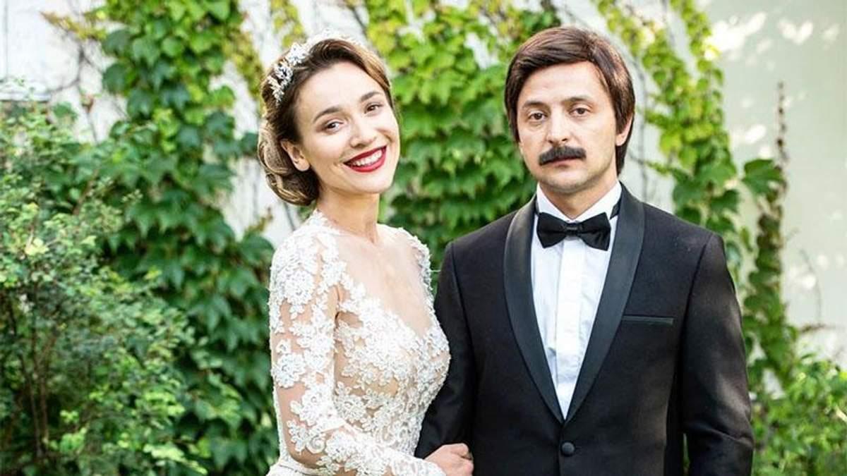 Акторка Настя Коротка розповіла, як цілувалась з Володимиром Зеленським