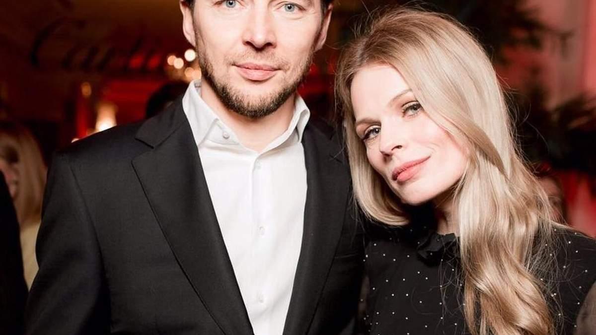 """""""Обожаю каждую пережитую секунду"""": Оля Фреймут нежно поцеловала мужа – фото"""