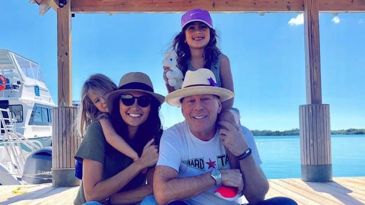 П'ять дочок Брюса Вілліса на одному фото: зворушливий знімок