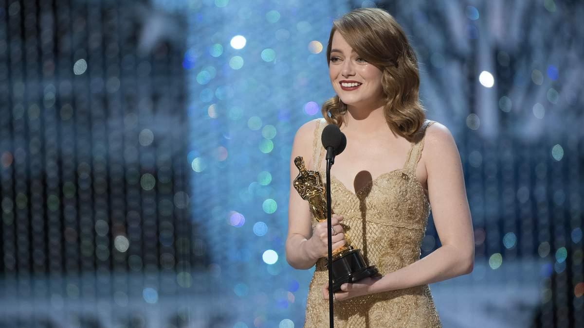 Эмма Стоун на церемонии вручения Оскар-2017