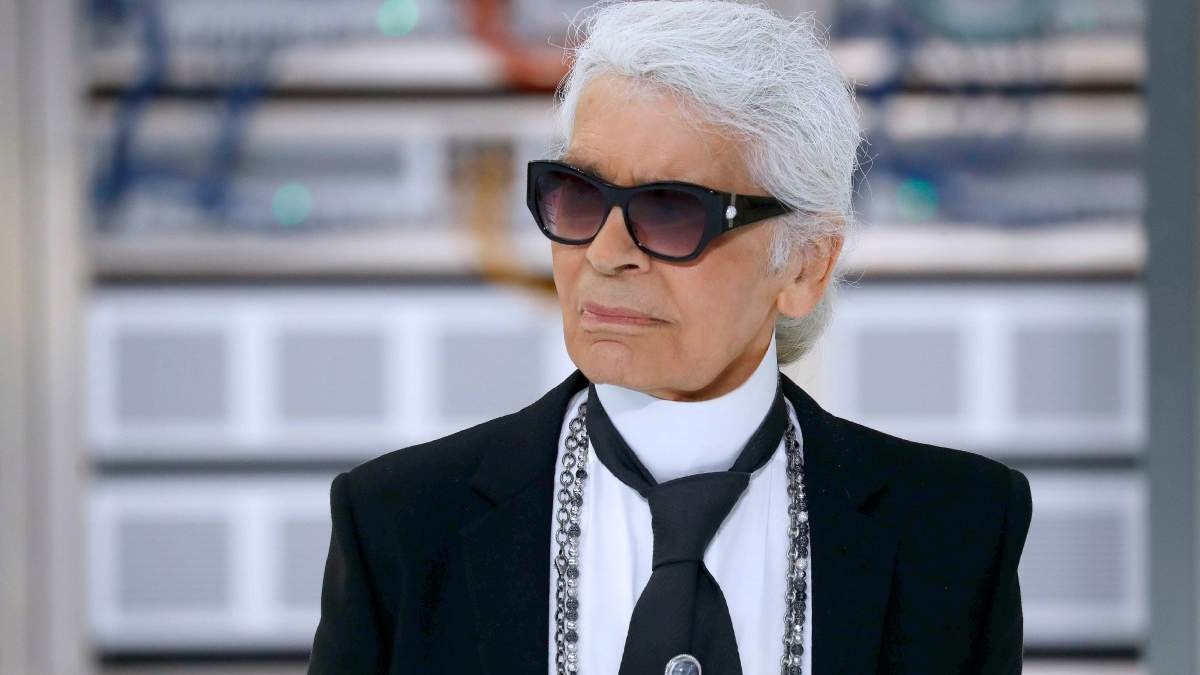 Помер Карл Лагерфельд - біографія дизайнера бренду Chanel